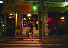 久茂地 歩くひとたち Naha-si, Okinawa (ymtrx79g ( Activity stop)) Tags: street color slr film japan analog nikon kodak 35mmfilm okinawa 135 沖縄 街 写真 銀塩 フィルム nikonnewfm2 那覇市 nahasi kodakultramax400 nikonainikkor35mmf2 歩行走行 walkandrun 201310blog