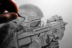 DessinsTactiques - Dessin Original EKAM / FN P90 (Part III) (DessinsTactiques.com) Tags: graphicdesign artwork gun police dessin grenades cop laser crayon dibujo grce polizei swat policia commando fe