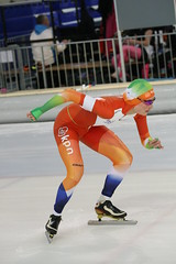 2B5P6613 (rieshug 1) Tags: 500 3000 tilburg 1500 1000 nk juna dames schaatsen speedskating eisschnelllauf junioren nkjunioren ireenwustijsbaan gewestnoordbrabantlimburgzeeland