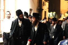Mensch on the move (Michael Colello Images) Tags: krakow kazimierz hasidim