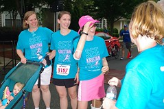 POP_2339 (Philip Osborne Photography) Tags: charity race see nc arm running run line finish seaford 5k matthews amputee prosthetic kristan offcameraflash