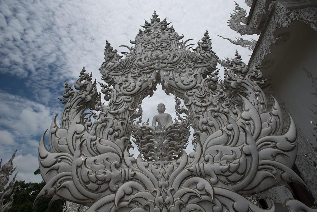 Wat Rung Khun Buddha