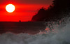Sunset Dance (Chaitanya Deshpande | Photography) Tags: travel sunset sea seascape canon costarica waves seascapes wave manuelantonio seamotion