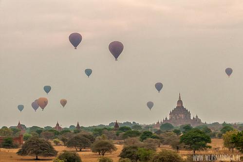 Kolejny wschód słońca nad Bagan