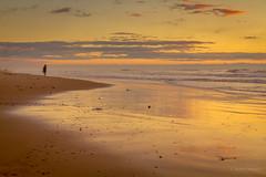 In the beach (AvideCai) Tags: avidecai paisaje playa tamron2470 calle mar cielo nubes reflejos atardecer