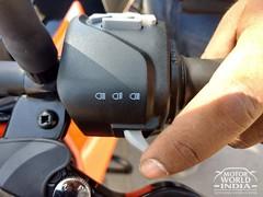 2017-KTM-Duke-390 (82)