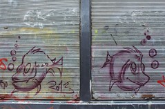 IMG_3673 rue de Lappe Paris 11 (meuh1246) Tags: streetart paris animaux poisson paris11 ruedelappe
