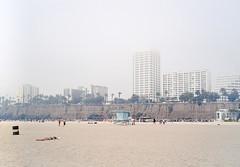 Santa Monica. (Paul Bauer Photo) Tags: santa sun film beach la los angeles kodak bessa monica voigtlnder ektar r2a