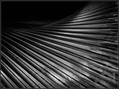 DSCN0519-2 (Janick L.) Tags: blackandwhite bw sculpture lines iron nb lignes diagonals acier carrs diagonales saqures