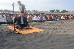 HLS_2026 (Indonesia Documentary Photographer) Tags: sand eid islamic moslem bantul shalat idulfitri parangkusumo gumukpasir 1434h