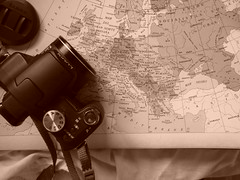 Travel (Rocio Victoria) Tags: world camera travel sepia maps hipster mapa mundo camara