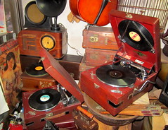 """Seoul Korea vintage gramophones at cluttered Hwanghak-dong flea market shop - """"The Grammys"""" (moreska) Tags: travel 1920s records beauty radio asia iron backalley antique korea oldschool nostalgia faded recordplayer seoul posters shops shellac acoustic analogue horn collectible victrola stores fleamarket offtheshoulder gramophone rok phonograph crank holeinthewall 78rpm castoffs yesterder"""