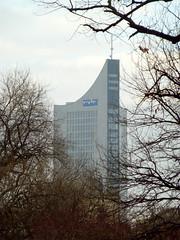 """City-Hochhaus Leipzig"", Hermann Henselmann, 1968-1972. (1999-2002 modernisiert) / 012014 (Martin Maleschka) Tags: leipzig l 2014 uniriese henselmann herrmannhenselmann martinmaleschka"