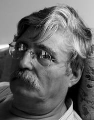 Man with glasses (rafagiron2) Tags: old portrait white man blanco hair glasses retrato retratos gafas hombre pelo