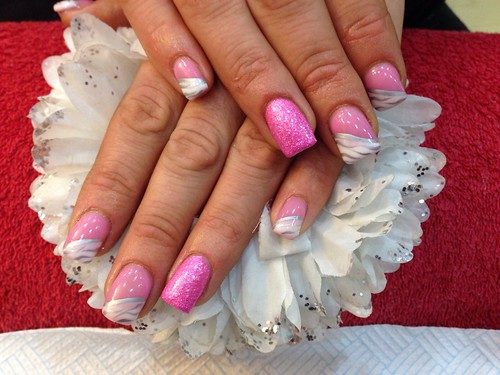 Acrylic nails with crystal pink gel polish