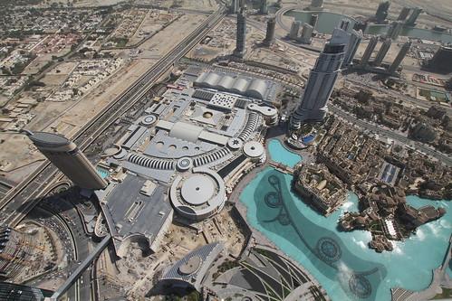 Blick vom Burj Khalifa auf Dubai Mall