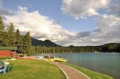 Jasper Park Lodge, Jasper National Park, Canada (leo_li's Photography) Tags: parcnationaljasper jaspernationalpark alberta canada 加拿大 亞伯達省 canadianrockymountains rockymountains 洛磯山脈 亞伯達 艾伯塔省 艾伯塔