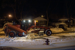 Cleaning the remnants (caribb) Tags: montreal montréal quebec québec canada urban city 2017 winter hiver snow neiges snowremoval cityworkers plows snowblower sidewalkplow largeplow night photography heavyequipment vehicle heavyvehicle