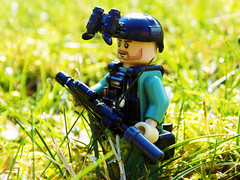 Metal 0-1 En Route (LegoFan117) Tags: lego brickarms minifigure nvgs special forces soldier military sidan