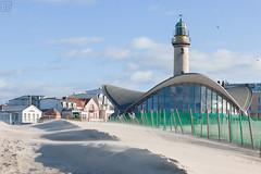 Strandverwehung vorm Teepott (LB-fotos) Tags: deutschland germany leuchtturm lighthouse warnemünde beach strand rostock mecklenburgvorpommern de