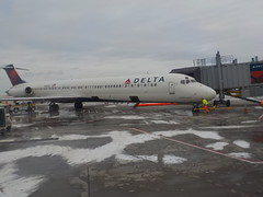 Our plane to JFK from Buffalo (JuneNY) Tags: buffalotojfk new york airports buffalonewyork delta buffalointernationalairport erie county airport