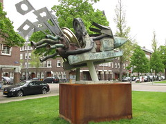 Amsterdam Minervalaan Humpty-Dumpty (Arthur-A) Tags: art netherlands amsterdam kunst nederland humpty dumpty