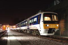 165028 (R~P~M) Tags: uk greatbritain england london night train dark diesel unitedkingdom railway turbo depot wembley 165 dmu chilternrailways multipleunit
