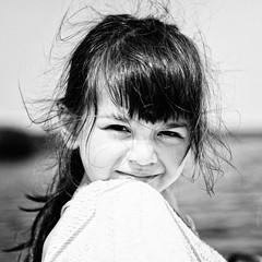 Elisabeth (2) (Matthieu Verhoeven Fotografie ) Tags: portrait white black cute girl angel nikon engel portret zwart wit meisje d3 lief matthieuverhoevenfotografie