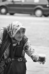 ayudando al otro, te ayuds vos (quino para los amigos) Tags: poverty homeless help crisis pobreza ayuda pedir dsc0185