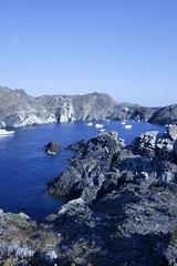 Azzurro (@ntop@r) Tags: sea panorama espaa mer beach landscape mar spain sand rocks mare playa paisaje arena espagne plage spiaggia paesaggio rocas spagna platja scogliera capdecreus cadaqus pladetudela