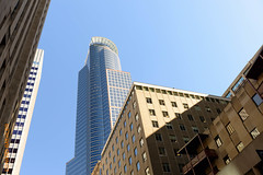 X-ing USA (Edi Bhler) Tags: sky building facade perspective himmel structure highrise bauwerk ferien gebude perspektive fassade hochhaus 2470mmf28 nikond800