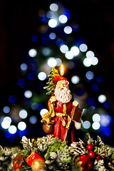 Best wishes for a Merry Christmas and Happy New Year to all my friends ;-) (Nespyxel) Tags: christmas friends blur flickr bokeh wishes santaclaus amici natale auguri 2013 festivita nespyxel stefanoscarselli
