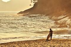 IMG_0253 (Henrique Alex) Tags: praia beach canon rebel mar surf areia ubatuba wave t3i onda