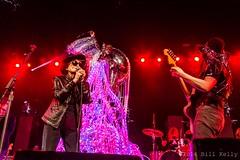 Yoko Ono Flaming Lips (Bill Kelly Photography) Tags: by bill war madonna center debbieharry yoko yokoono the seanlennon chrisstein mslaurynhill imaginedragons pussyriot mariaalyokhina nadezhdatolokonnikova amnestyinternationalconcert fraycakecold kidsflaming lipsphotos kellybarclays