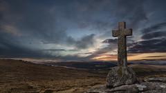 Cave Penney Memorial, Dartmoor (explored) (yadrad) Tags: southwest cross devon granite tor dartmoor dartmoornationalpark dartmoorcrosses sherwellcross