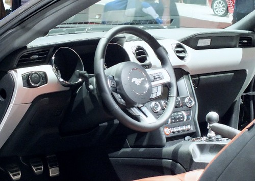 Ford Mustang 2014 (1)