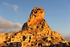 Ortahisar Castle, Cappadocia (Kapadokya, Turkey) 1259 (tango-) Tags: castle turkey trkei cappadocia turchia kapadokya kappadokien    rtahisar