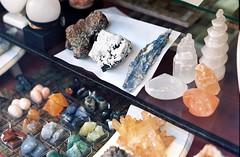 Mineral shop (aaronvandorn) Tags: newyorkcity shop rocks broadway minerals windowdisplay madisonsquarepark 26thstreet minoltasrt202 rokkor coloredrocks rokkor58mmf14 kodakektar