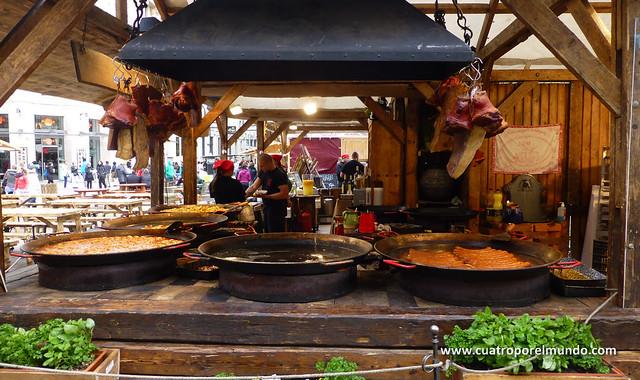 Puestos de comida tipica en el centro de Budapest