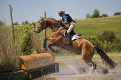 Cross-country under the blue sky of Virginia (Tackshots) Tags: virginia lexington vhc crosscountry eventing horsetrials