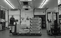 Goodbye to all that (Fray Bentos) Tags: work warehouse workplace rodinal retirement ppt mhe zeisstessar disgruntledemployee rolleiretro400 jungheinrich mechanicalhandlingequipment poweredpallettruck weltaweltax