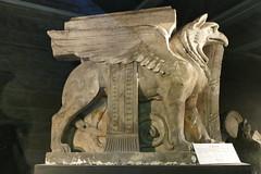 Lyon -Fourvire - Visite insolite - Le Griffon (larsen & co) Tags: sculpture france lyon statues rhne basilique modulo fourvire rhnealpes cariatide basiliquenotredamedefourvire legriffon
