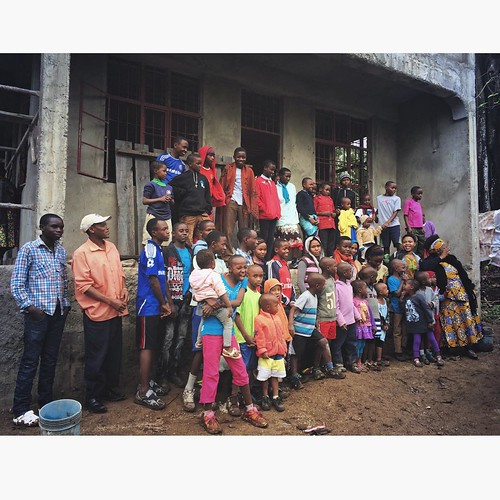 "Got to have all the kids together this week to see all of the exciting things happening in Uru! #sponsorachild #neemaintl • <a style=""font-size:0.8em;"" href=""http://www.flickr.com/photos/59879797@N06/20433915041/"" target=""_blank"">View on Flickr</a>"