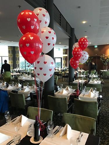 Tafeldecoratie 5ballonnen Liefde Valentijnsdag Hotel van der Valk Ridderkerk