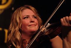 Andrea Beaton – Festival Club – 10/10/08 (photo: Gordon Hotchkiss)