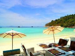 Sea-side-rest (tropicalisland045) Tags: sea summer beach thailand southeastasia tropical raya 夏 海 racha ビーチ タイ 南国 バカンス 熱帯 rayaisland 東南アジア rachaisland ホワイトサンド 南国リゾート ラヤ島 ラチャ島