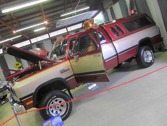 4x4 diesel 1993 cap dodge mopar ram carlisle cummins carshow topper carlislepa w250 carlisleallchryslernationals