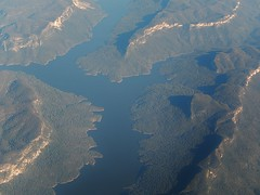 Lake Burragorang (mikecogh) Tags: view flight bluemountains hills geography lakeburragorang