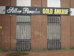 Silber Paradies (mkorsakov) Tags: gold grey store grau laden dortmund geschft nordstadt gitter silber deppenleerzeichen paradies deorte