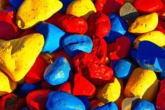 Litir - colors (eirikurtor) Tags: colors canon rocks rautt gult bltt litir borgarnes grjt vesturland canoneos7d canonefs1585mmf3556usmis